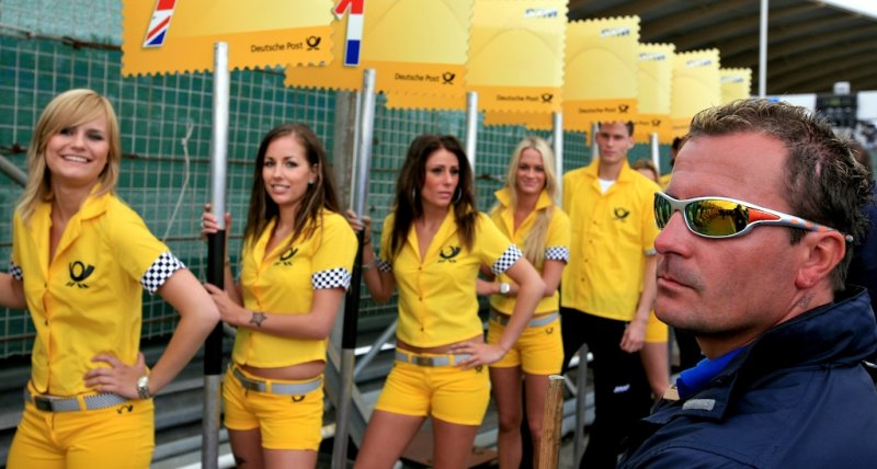 Checkout the yellow Ladies