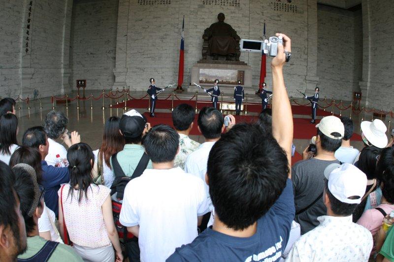 Videoing the Changing of the Guard at Zhongzheng Jiniantang, Taipei, Taiwan
