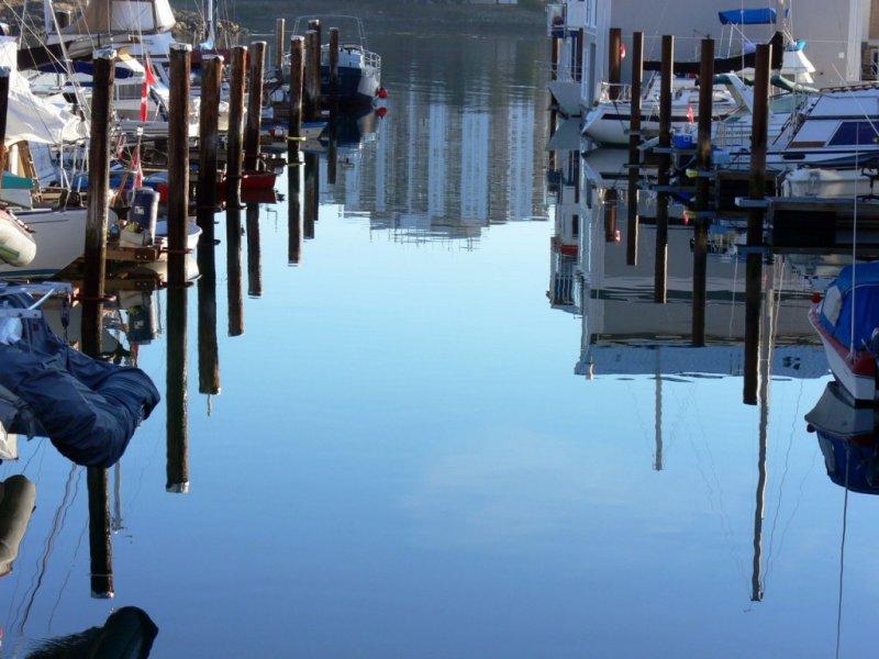 West Bay Marina in Victoria Harbour