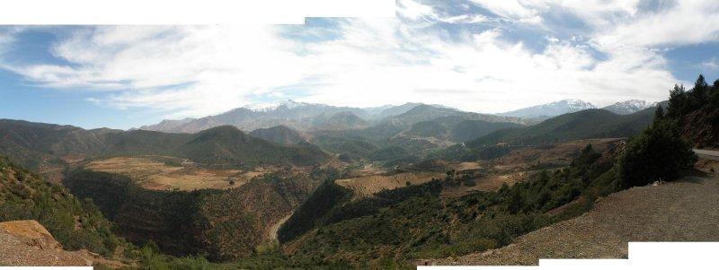 pano: climbing the Atlas