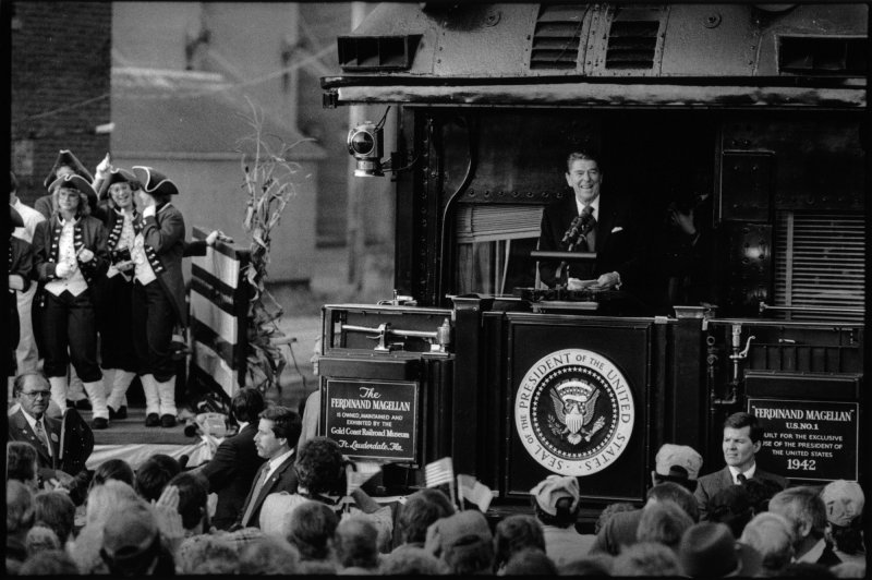 President Reagan campaigns by train