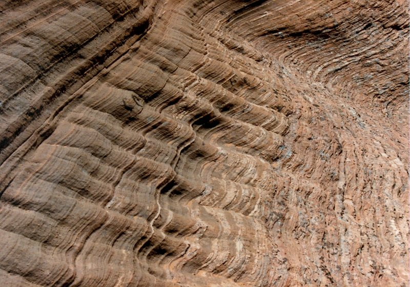 Cross bedded sandstone in Labyrinth Canyon