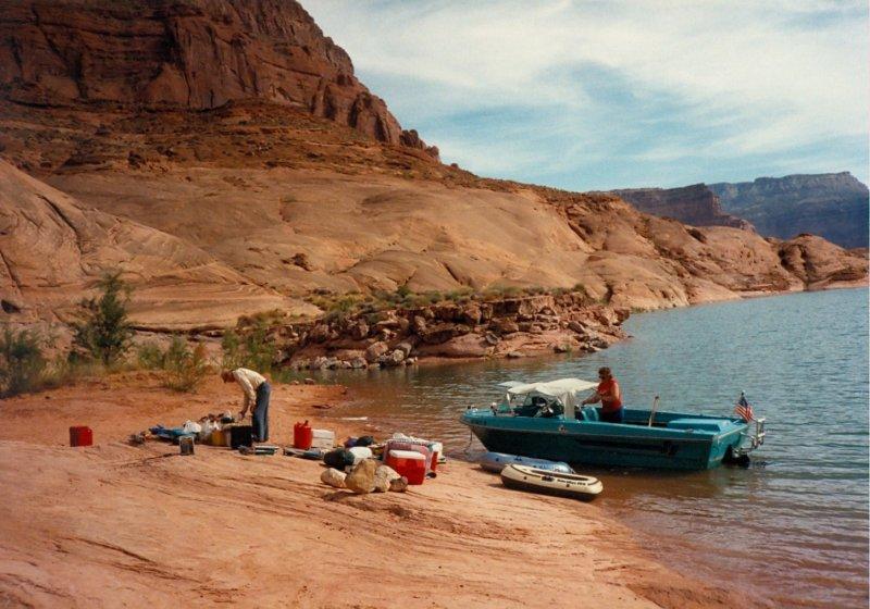 Camp in Mountain Sheep Canyon
