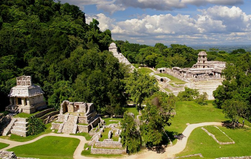 Palenque , Main Court