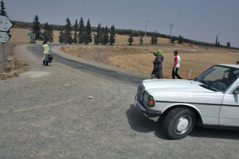 Larrêt du taxi au milieu de nulle-part