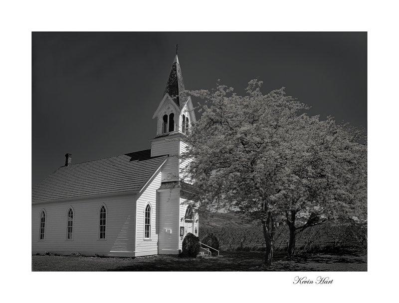 church12xs 8xbw_tn.jpg