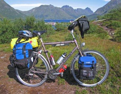 120  Jon - Touring Norway - Giant Expedition Travel touring bike
