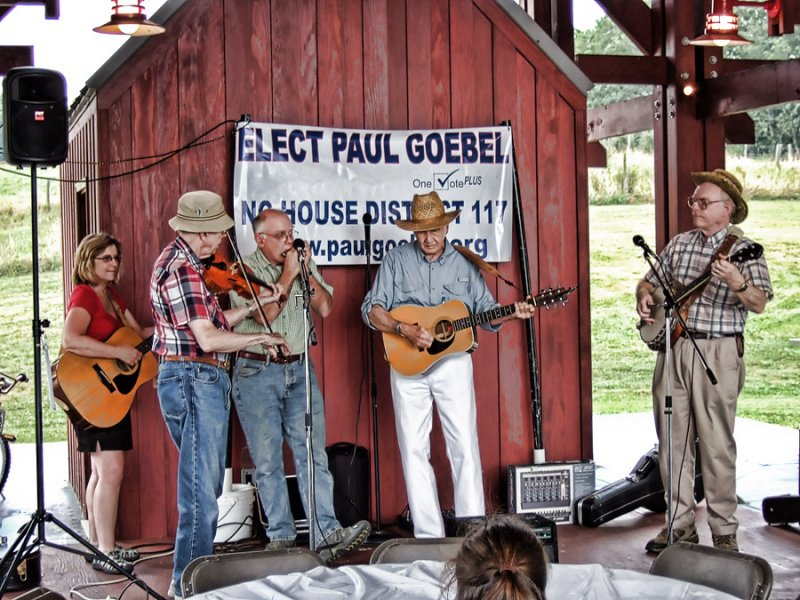 DSCF5065 Politics Country Style
