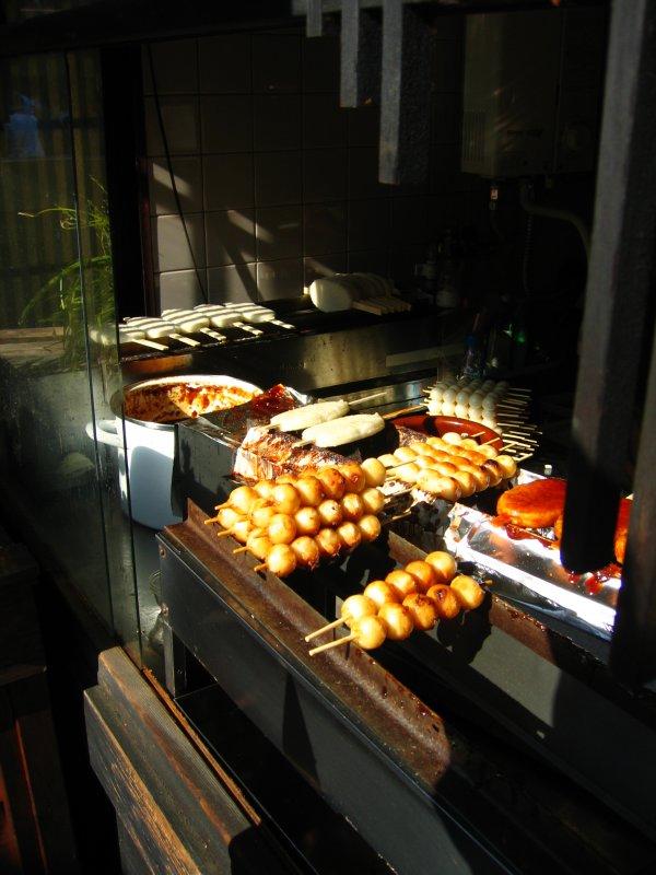 Mitarashi dango and gohei mochi