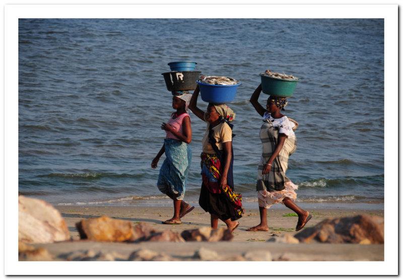 Fishsellers on the beach