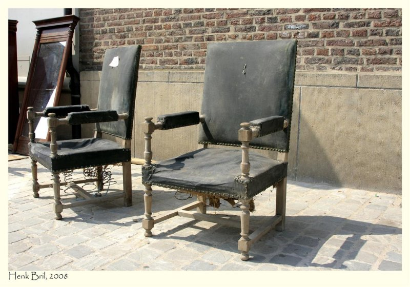 Buy 2 for €275,-