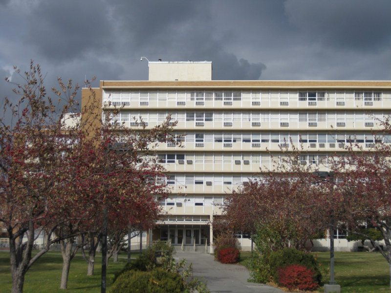 ISU Dorm fall scene IMG_1516.jpg