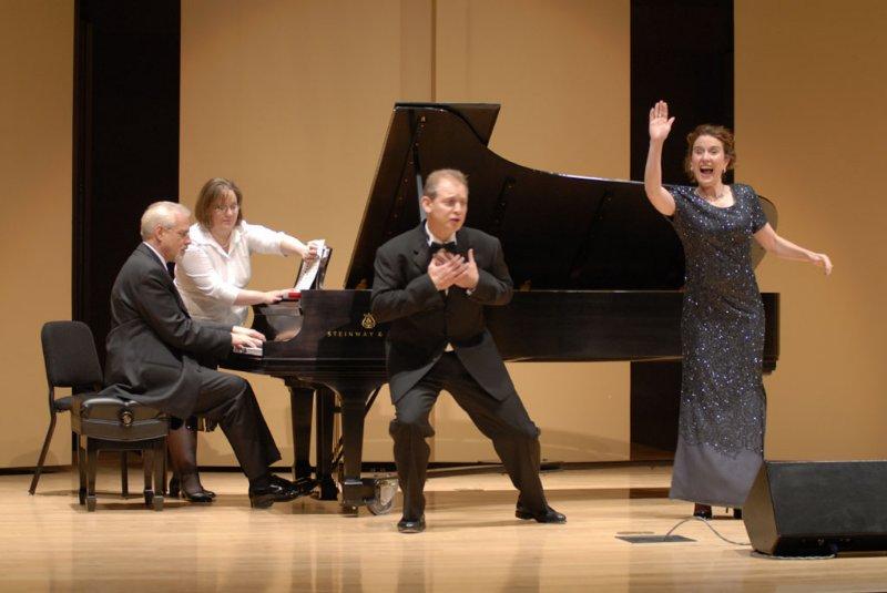 Friedleys sing Schumann Duet with Neiwirth at Piano _DSC0007 smallfile.jpg