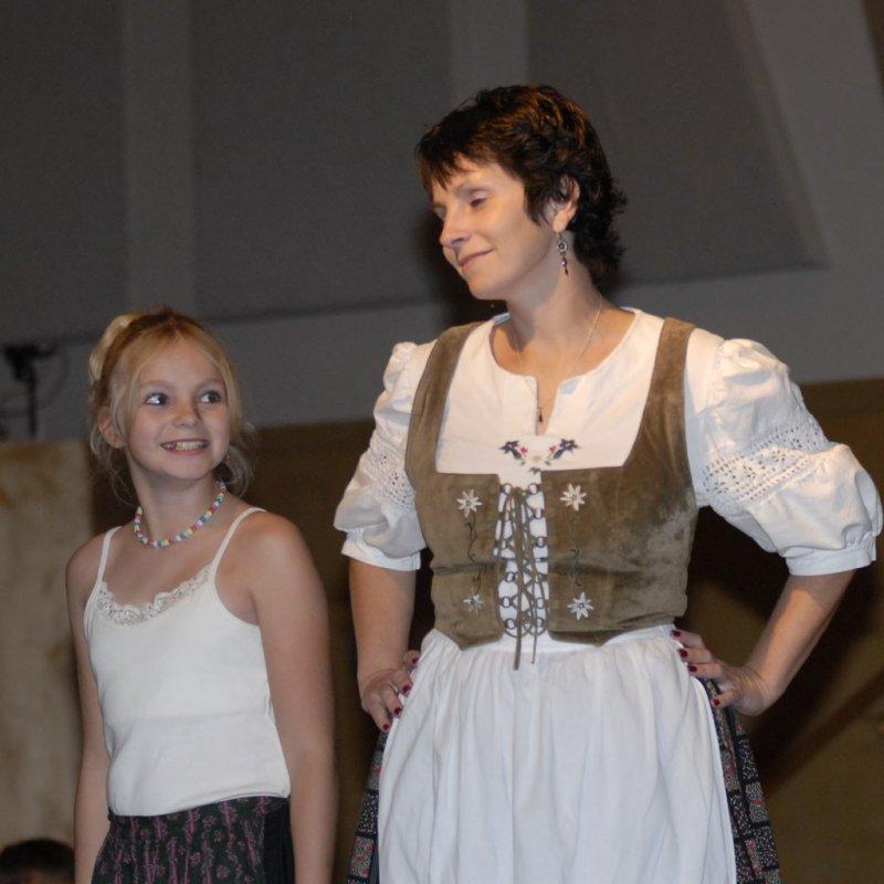Fashion show at International Night 2006 - Deutschland repräsentieren sie _DSC0491.jpg