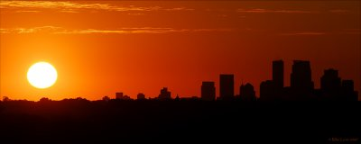 Mpls silhouette pano