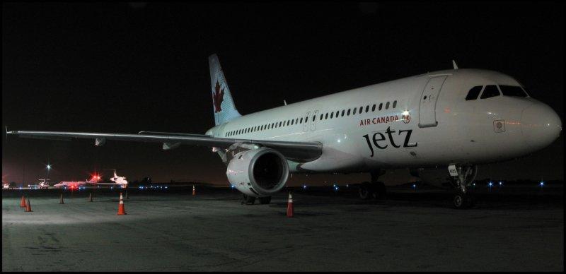 Air Canada Jetz Airbus A320 (C-FDCA) **Panoramic**