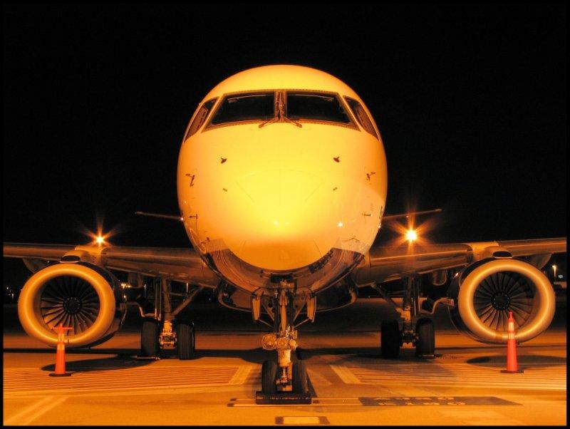 JetBlue Airways Embraer 190 (N198JB)