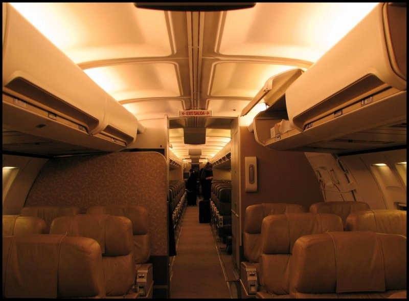 Pace Airlines Boeing 757-236 (N757BJ) Cabin Interior