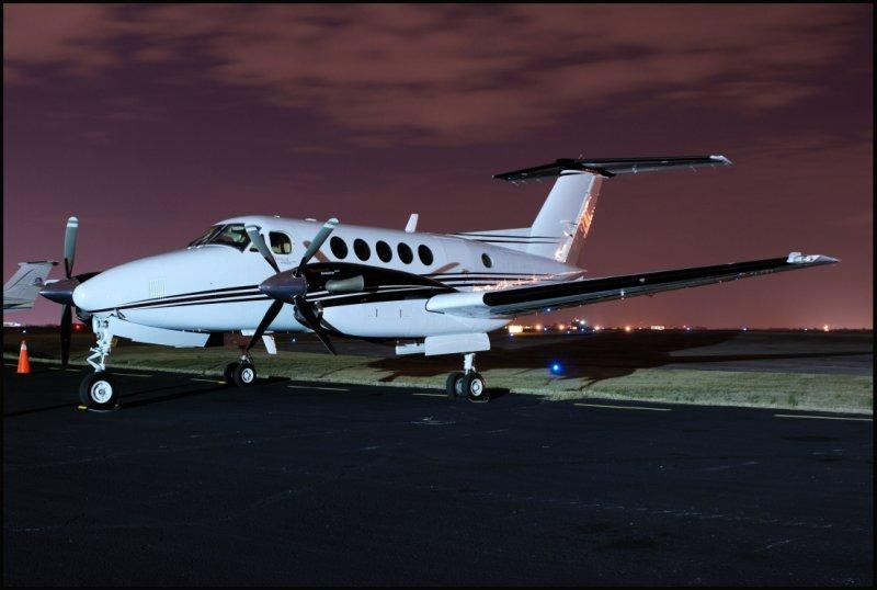 RT Ventures Inc. Skyking-Beech 200 (N964RT)