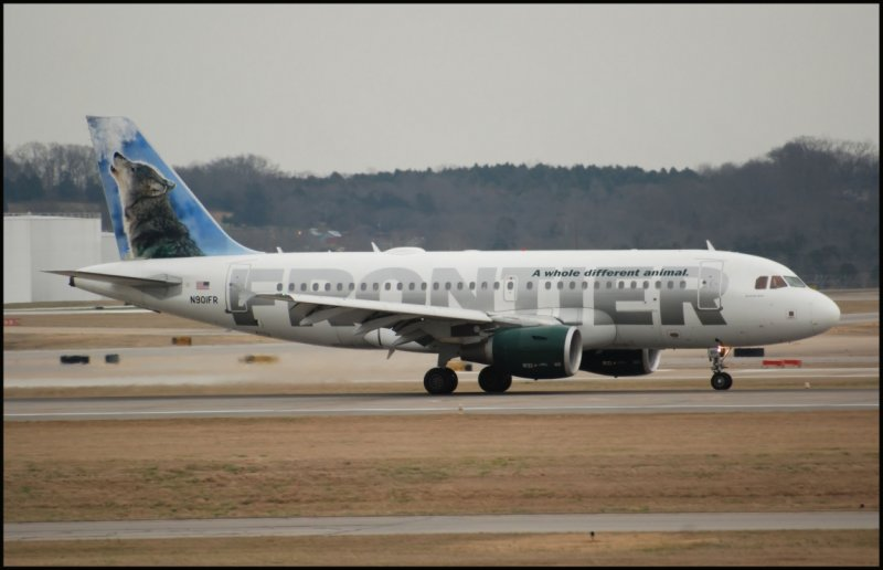 Frontier Airlines Airbus A319 (N901FR) Wally the Gray Wolf
