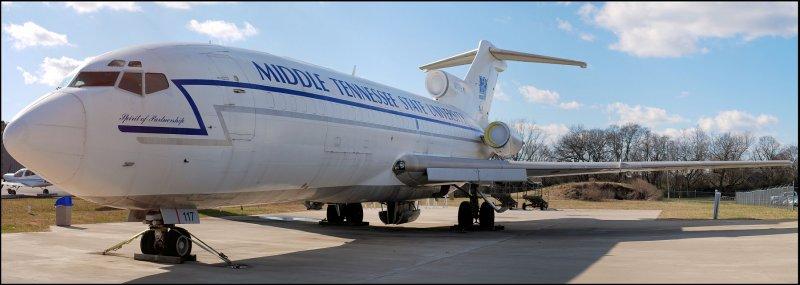 MTSU Boeing 727-025C  (N117FE) **Panoramic**