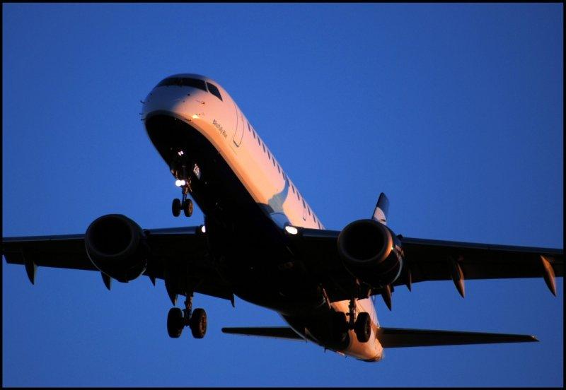 JetBlue Airways Embraer 190 (N239JB)