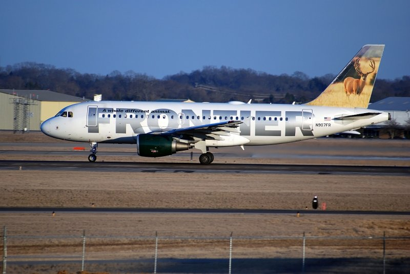 Frontier Airlines Airbus A319 (N907FR) The Elk
