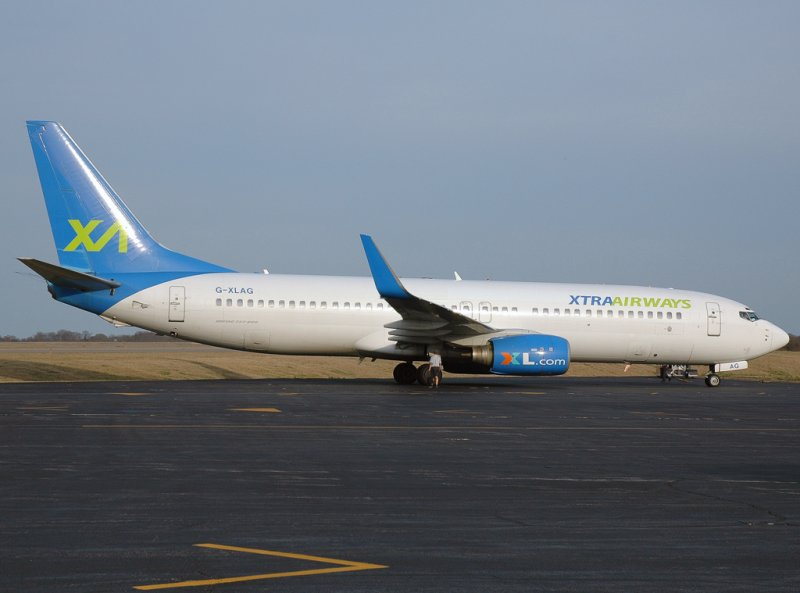 Xtra Airways Boeing 737-86N (G-XLAG)