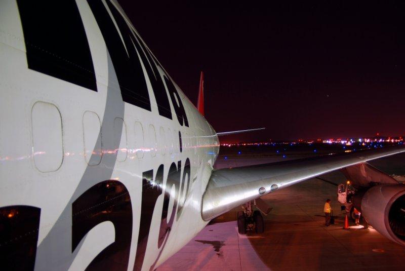 Northwest Airlines Cargo Boeing 747-251(SF) (N631NW)