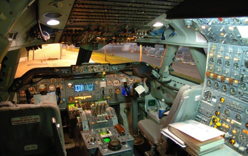 Northwest Airlines Cargo Boeing 747-251(SF) (N631NW)  **Cockpit**