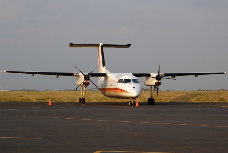 Air Inuit 102 Dash 8 (C-GAIW)
