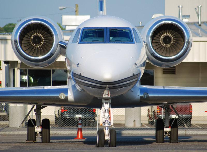 Dallas Cowboys Gulfstream Aerospace G-V (N1DC)