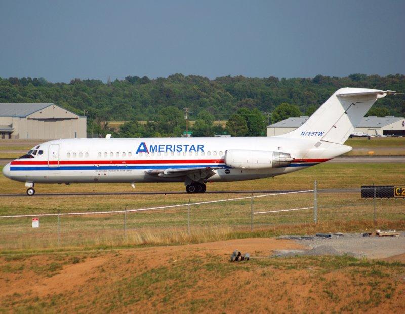 Ameristar Jet Charters McDonnell Douglas DC-9-15(F)  (N785TW)