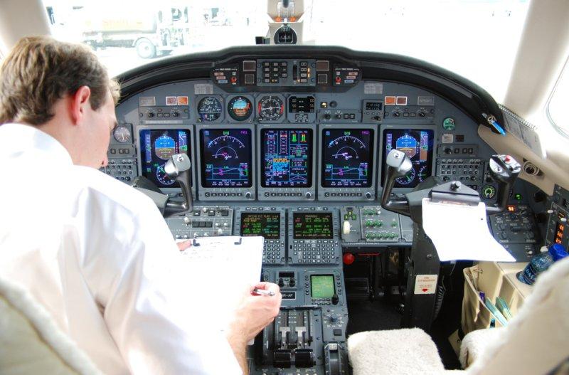 XOJet Inc. Cessna Citation X (N753PT) **Cockpit**