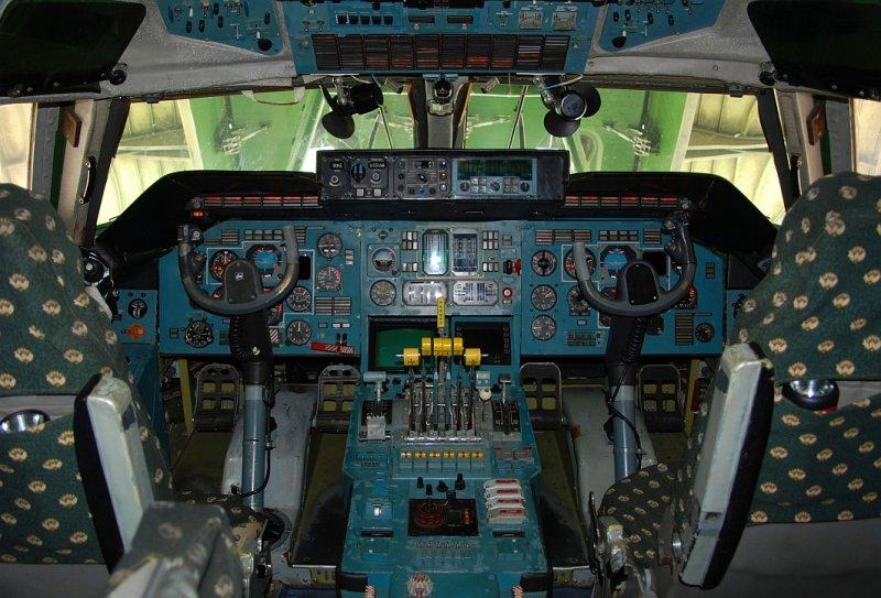 Antonov Design Bureau Antonov AN-225 Mriya (UR-82060)  **Cockpit**