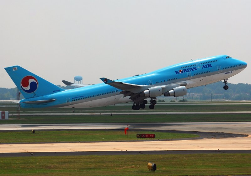 Korean Air Boeing 747-4B5 (HL7461)