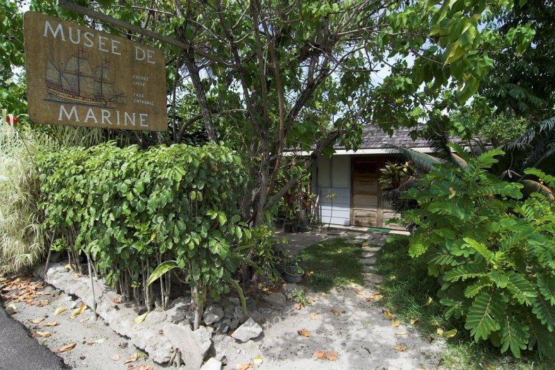 0492 Marine Museum, closed...