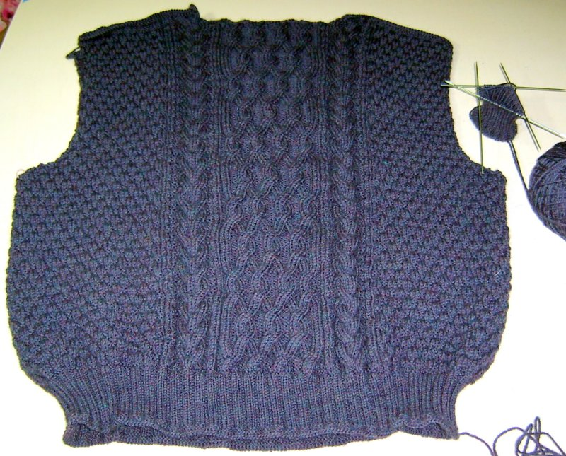More Progress on Drops Pullover in Bendigo Rustic Midnight Tweed