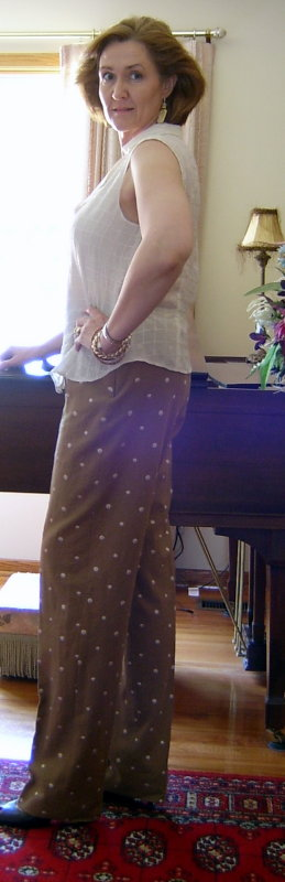 Side View Dotted Linen Pants
