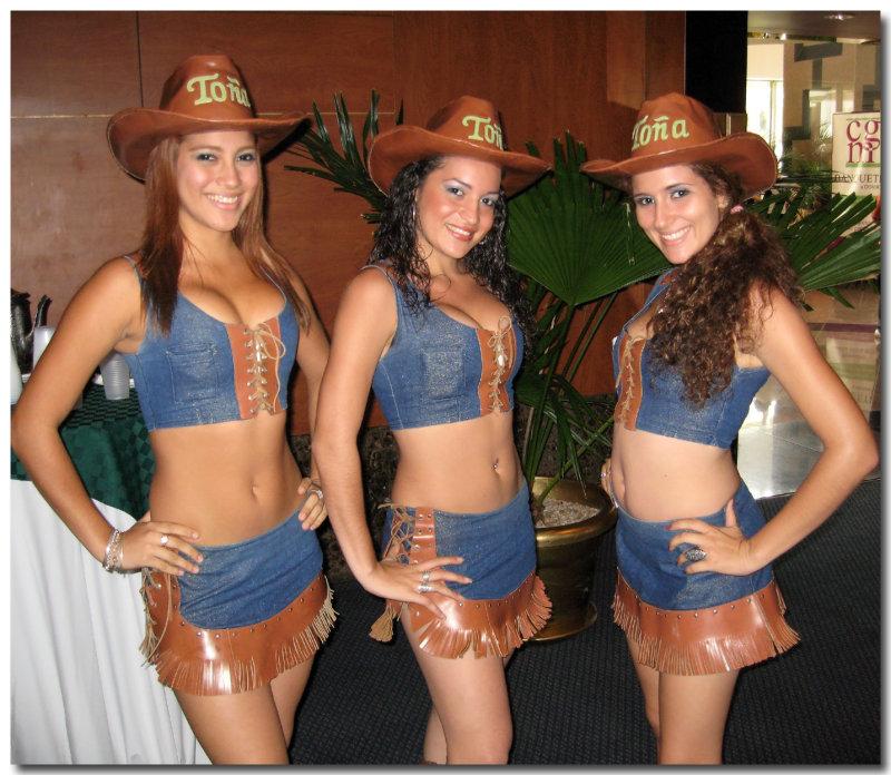 Toña Girls