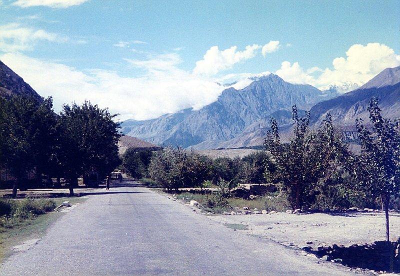 The road near Jugalot
