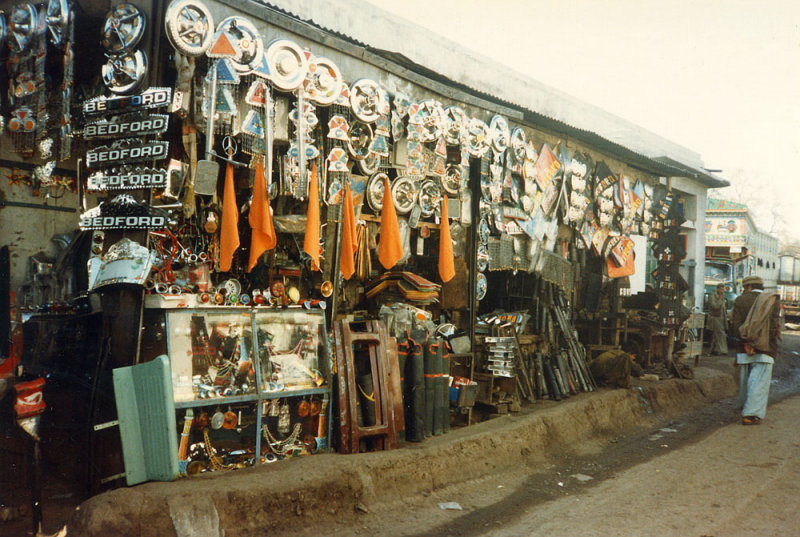 Truck stores - Peshawar
