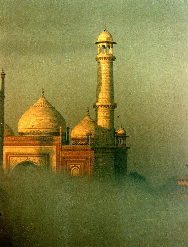 Taj... in fog