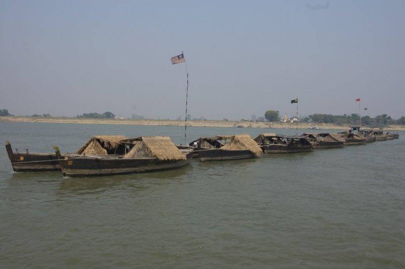 Tow, Ayeyarwaddy River