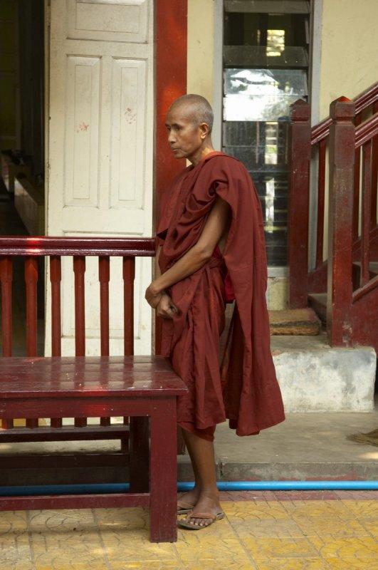 Monk, Mahagandayon monastery