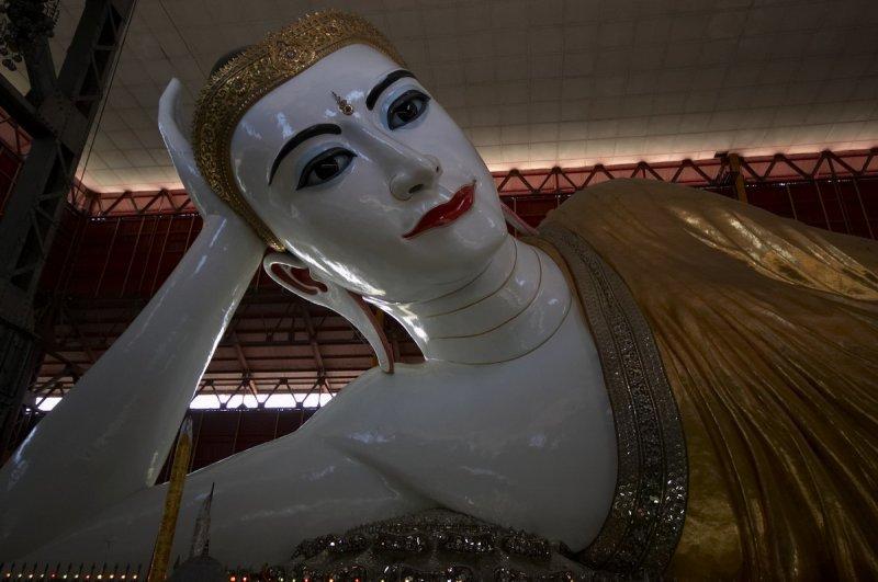 Reclining Buddha, Chauk Htat Gyi, Yangon