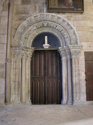 20 Doorway to Cloister 84001480.jpg