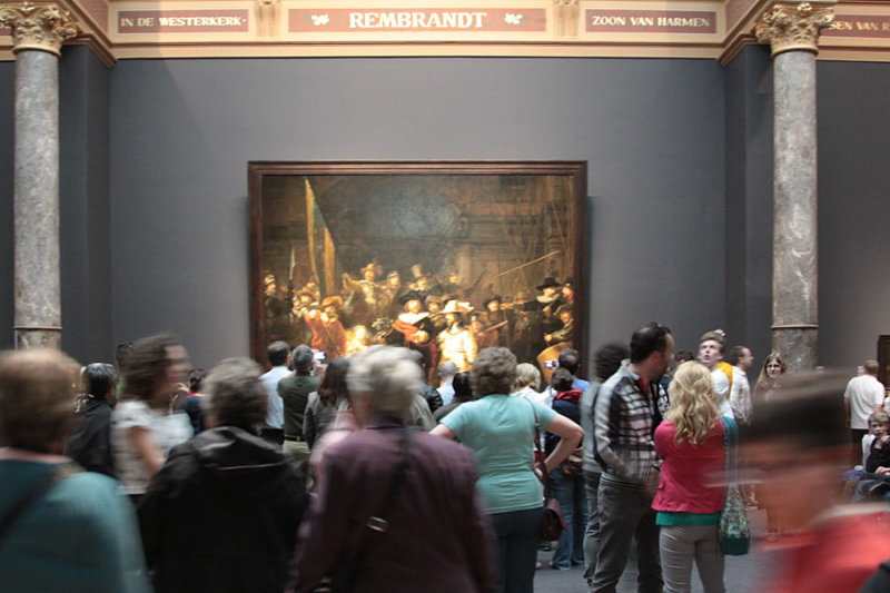 Looking at Rembrandts Nightwatch