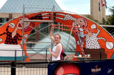IMG_1751Karen Grange Hoops the Arch June 27