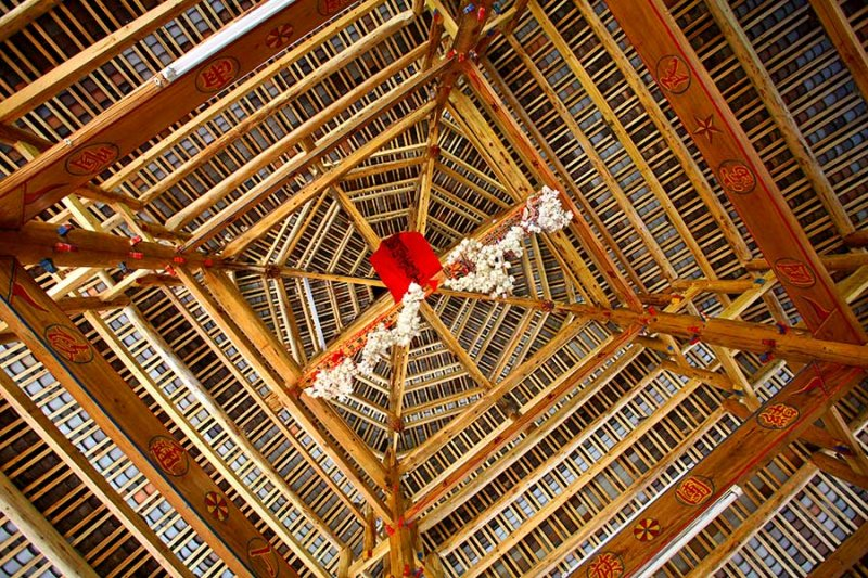 2557 Looking up in new drum tower.